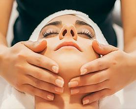 Лимфодренажный массаж лица, шеи, декольте